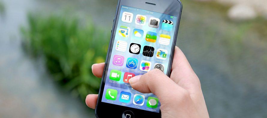 Mladi postaju ovisni od mobitela