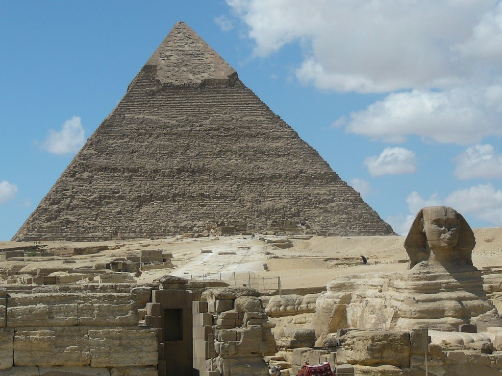 piramida-i-sfinga