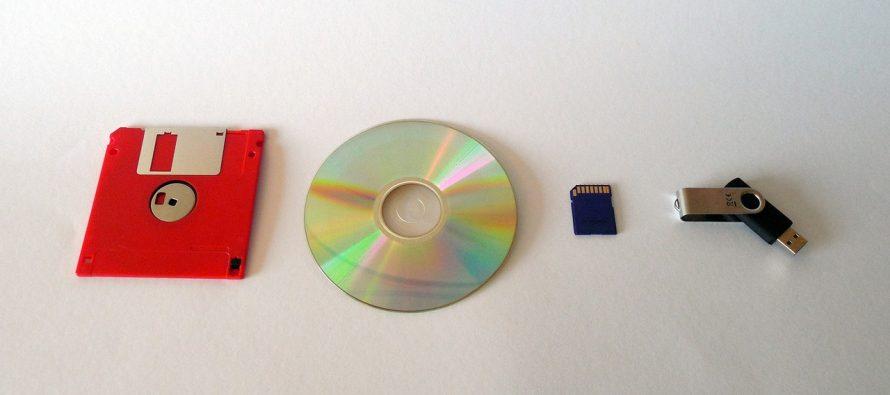 """Napravljen """"vječiti"""" disk koji čuva podatke 100.000 godina"""