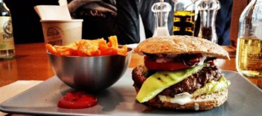 Kako brza hrana utiče na naš mozak?